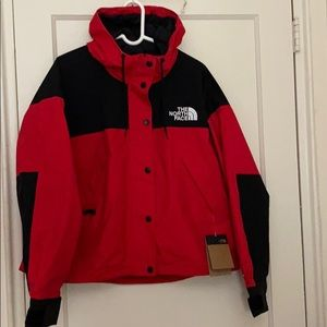 NWT The North Face red & black dryvent jacket